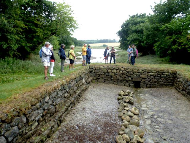 Bassin en pierre ou l'on faisait rouir le lin dans l'eau. Christian SABER