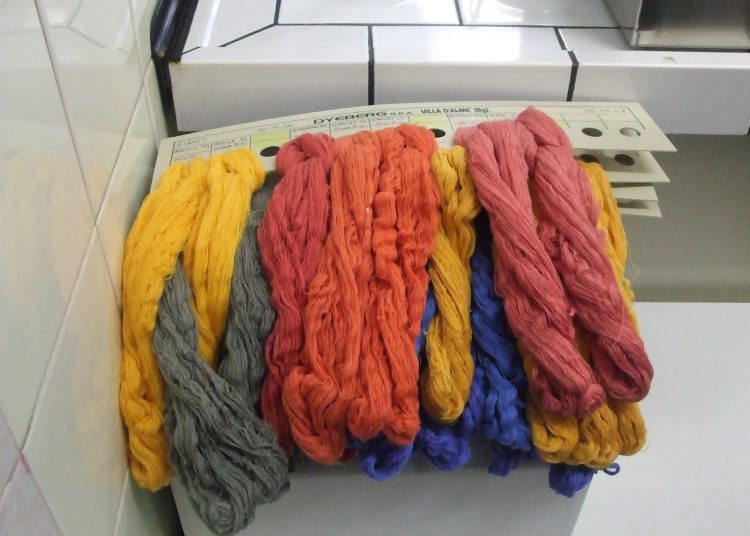 Le lin en couleur au grenier du lin - Photo Le Grenier du Lin