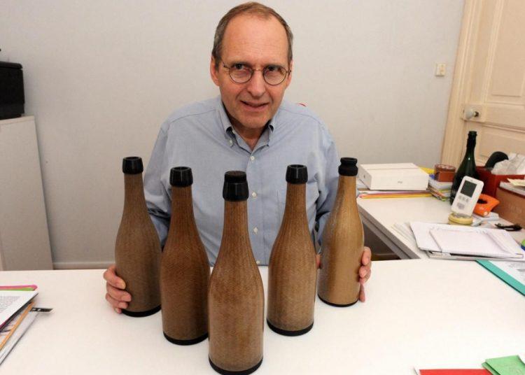 James de Roany, créateur de la start up GreenGenBootle - Le Parisien